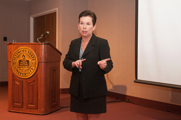 Cheri Simonds giving a presentation at the 2014 SoTL Award reception